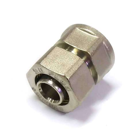 Муфта обжимная для металлопластиковых труб 20*3/4 внутренняя резьба SD Plus