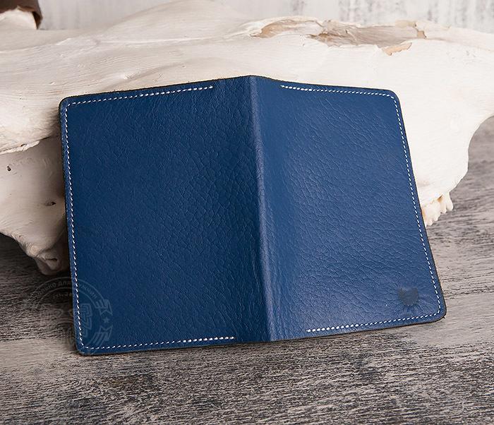 WB110-3 Кошелек синего цвета для купюр, карт, паспорта, окошко. «Boroda Design» фото 03