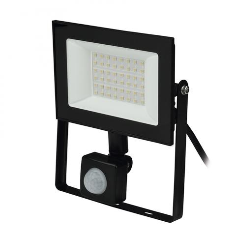ULF-F62-50W/6500K SENSOR IP54 200-240В BLACK Прожектор светодиодный с датчиком движения и освещенности. Дневной свет (6500K). Корпус черный. TM Uniel