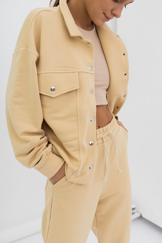 Укороченная легкая куртка бананового цвета