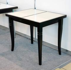 Кухонный  обеденный стол с керамогранитной плиткой