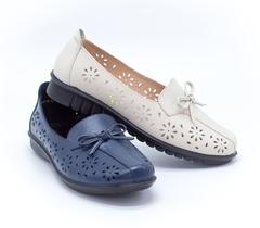 Бежевые кожаные туфли на платформе