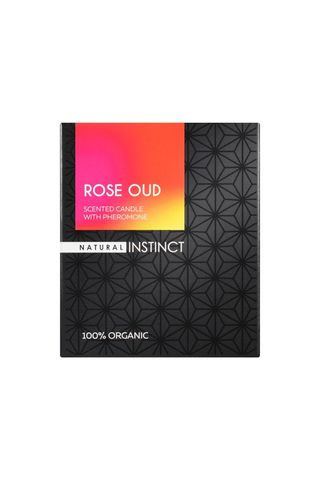 Ароматическая свеча с феромонами Natural Instinct  Роза и уд  - 180 гр.
