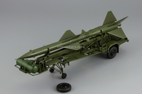 Transport-loading vehicle PR11 with rocket 20DSU green DIP 1:43