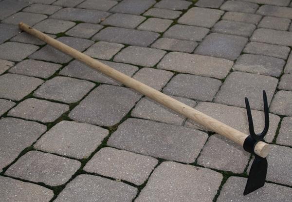 Мотыга DeWit двусторонняя с плоским концом и вилкой