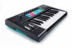 NOVATION LAUNCHKEY 25 MK2 USB-MIDI контроллер