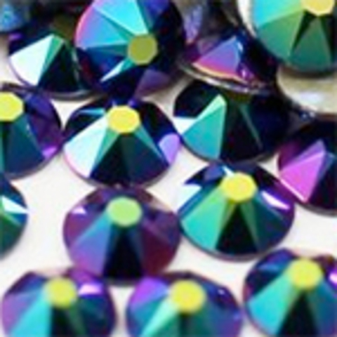 Swarovski Crystal Scarabaeus Green ss5 (20 шт)