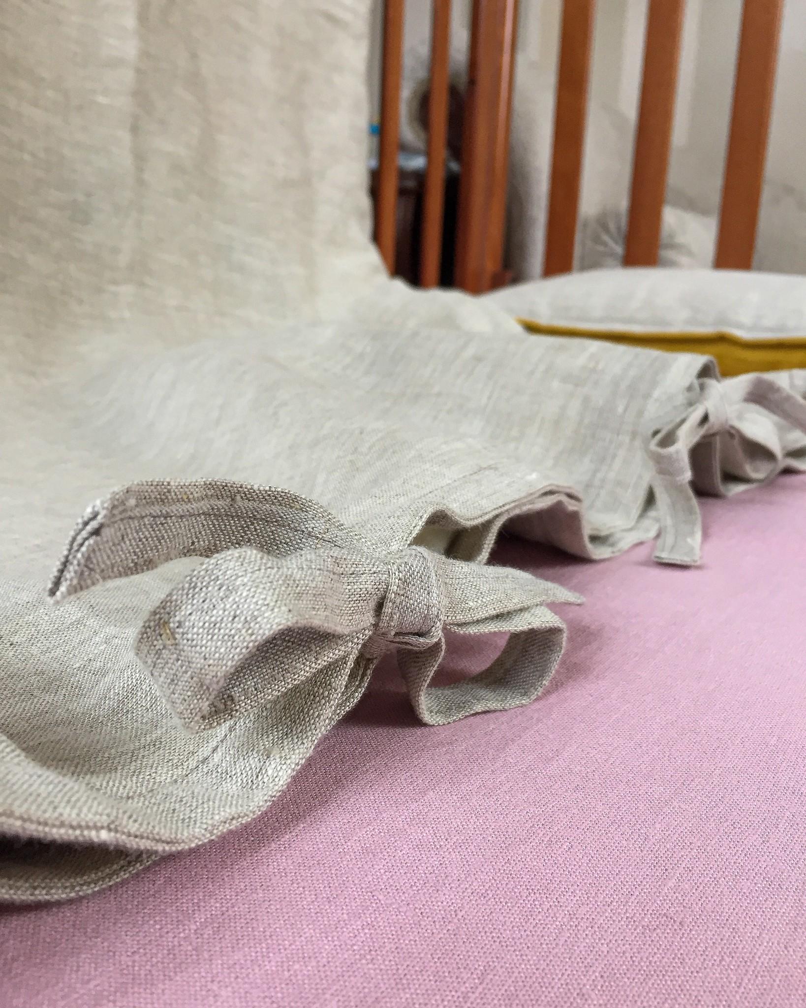 Простыня льняная на резинке для детской кроватки