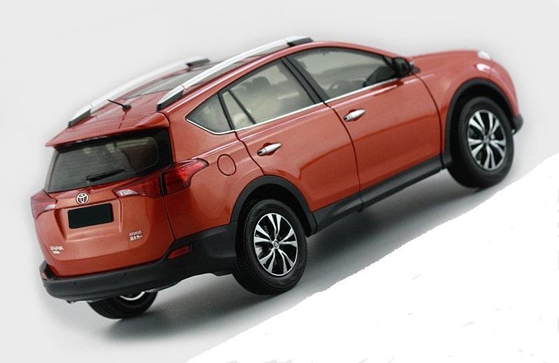 Коллекционная модель Toyota RAV4 2013