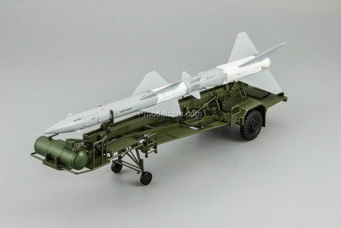 Transport-loading vehicle PR11 with rocket 20DSU khaki-gray DIP 1:43