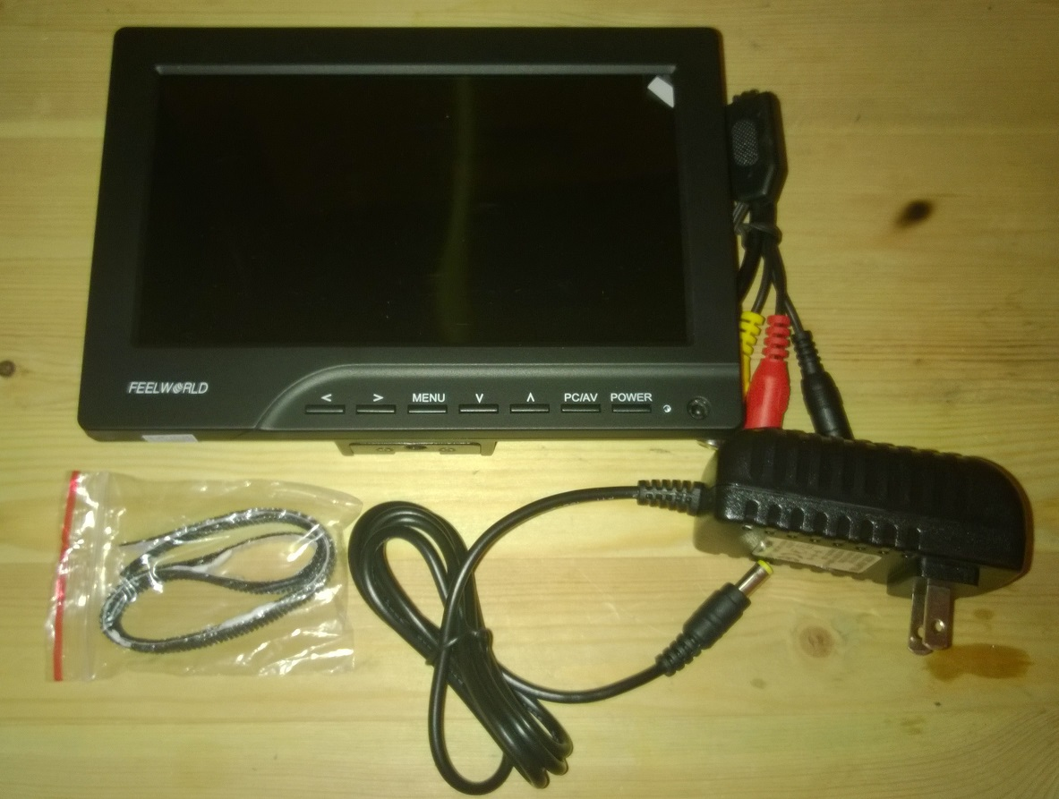 Комплектация fpv монитора 7 дюимов 800 х 480 для коптера