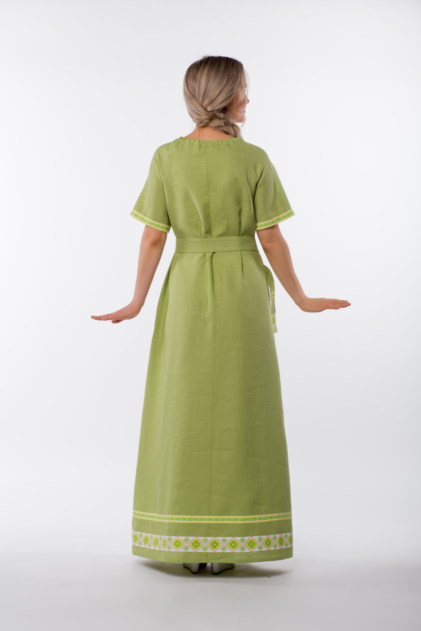 Платье льняное Папоротник с поясом вид сзади