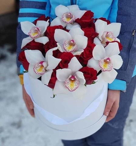 Коробка розы с орхидеей 4