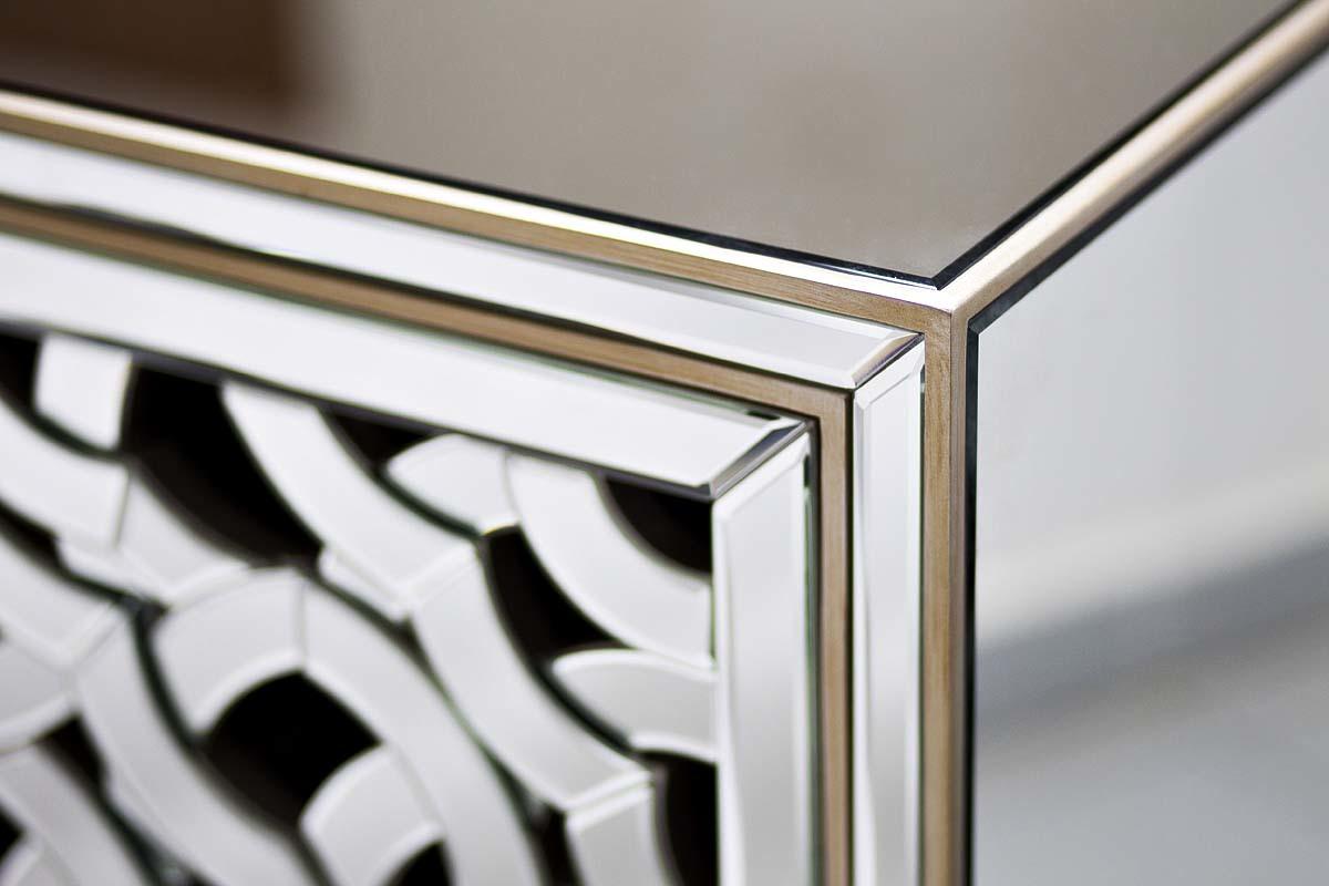Комод зеркальный двухдверный (KFC974) Garda Decor