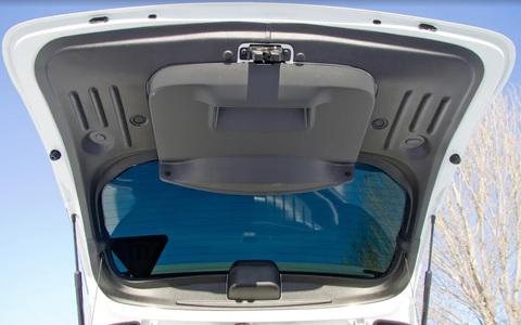 Обивка крышки багажника Рено Дастер