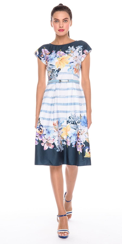 Платье З179-732 - Стильное платье с коротким рукавом и ярким цветочным принтом по подолу и лифу. Платье подойдет как для работы, так и для торжественного случая. Сочетание с туфлями лодочками или босоножками на каблуках позволит создать романтичный образ и быть в центре внимания везде, куда бы вы ни направлялись.
