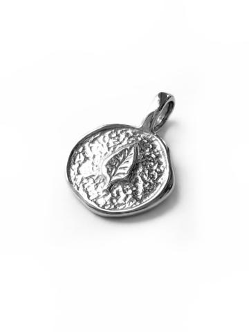 Серебряная подвеска-медальон