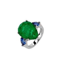 47443 -Кольцо  из серебра с изумрудным кварцем каплевидной огранки