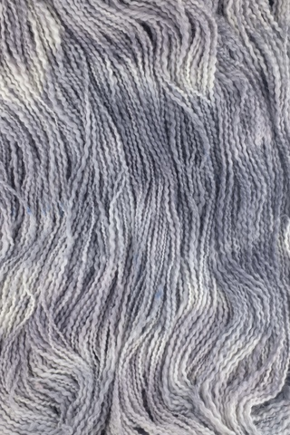 Пряжа ручного прядения и секционного окрашивания, цвет серый меланж