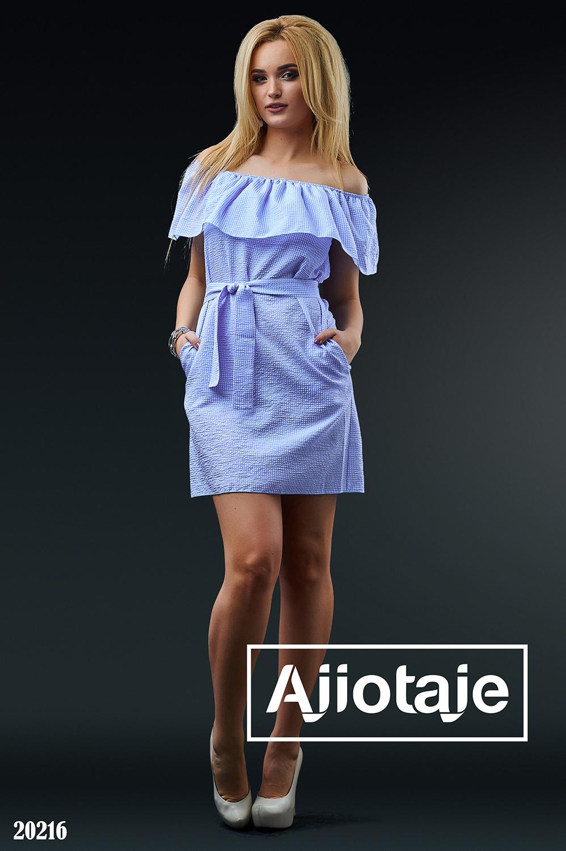 Платье мини в клеточку с вырезом Кармен