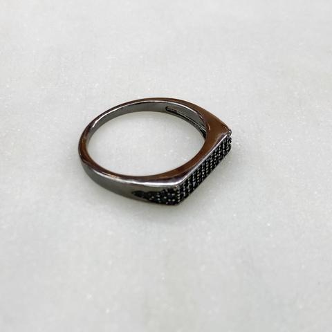 Кольцо с плоским мини-пале, черный