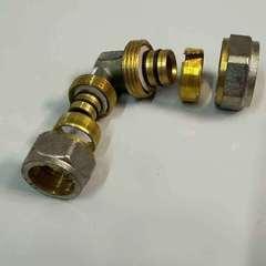 угол для металлопластиковых труб
