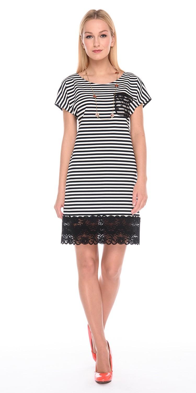 Платье З181а-288 - Платье прямого силуэта со спущенной линией плеча. Палотных, хорошо держащий форму трикотаж, обработан роскошным кружевом. Актуальная и стильная полоска в морском стиле, станет изюминкой вашего летнего гардероба.