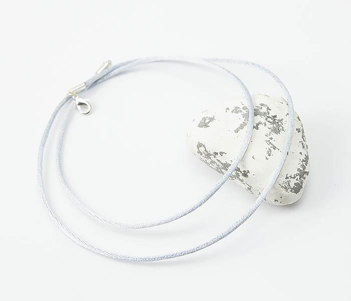 PL279-4 Шелковый шнурок на шею серебристого цвета фото 05