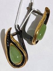 Инва-нефрит (серьги из серебра)