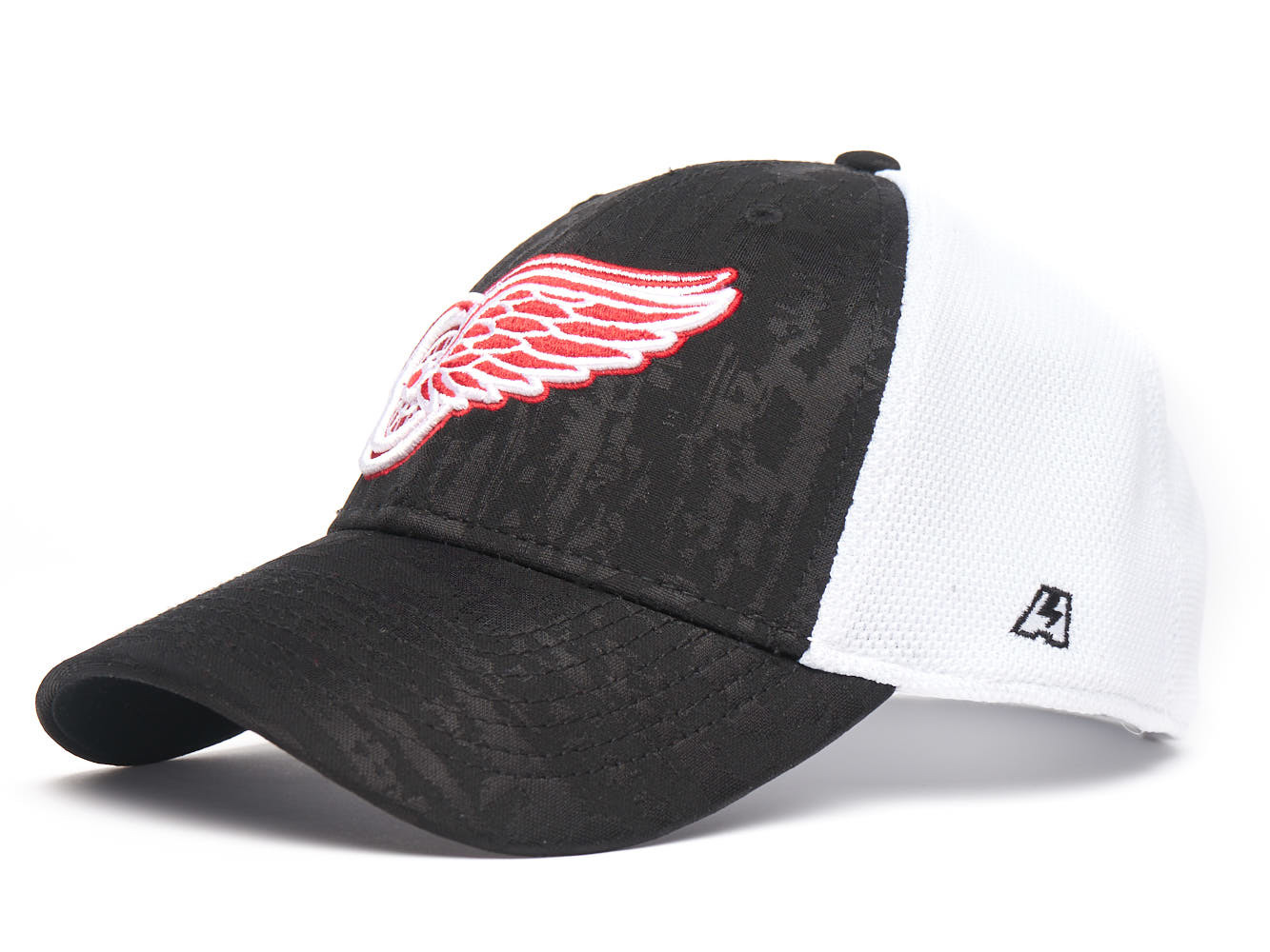 Бейсболка NHL Detroit Red Wings (размер M)