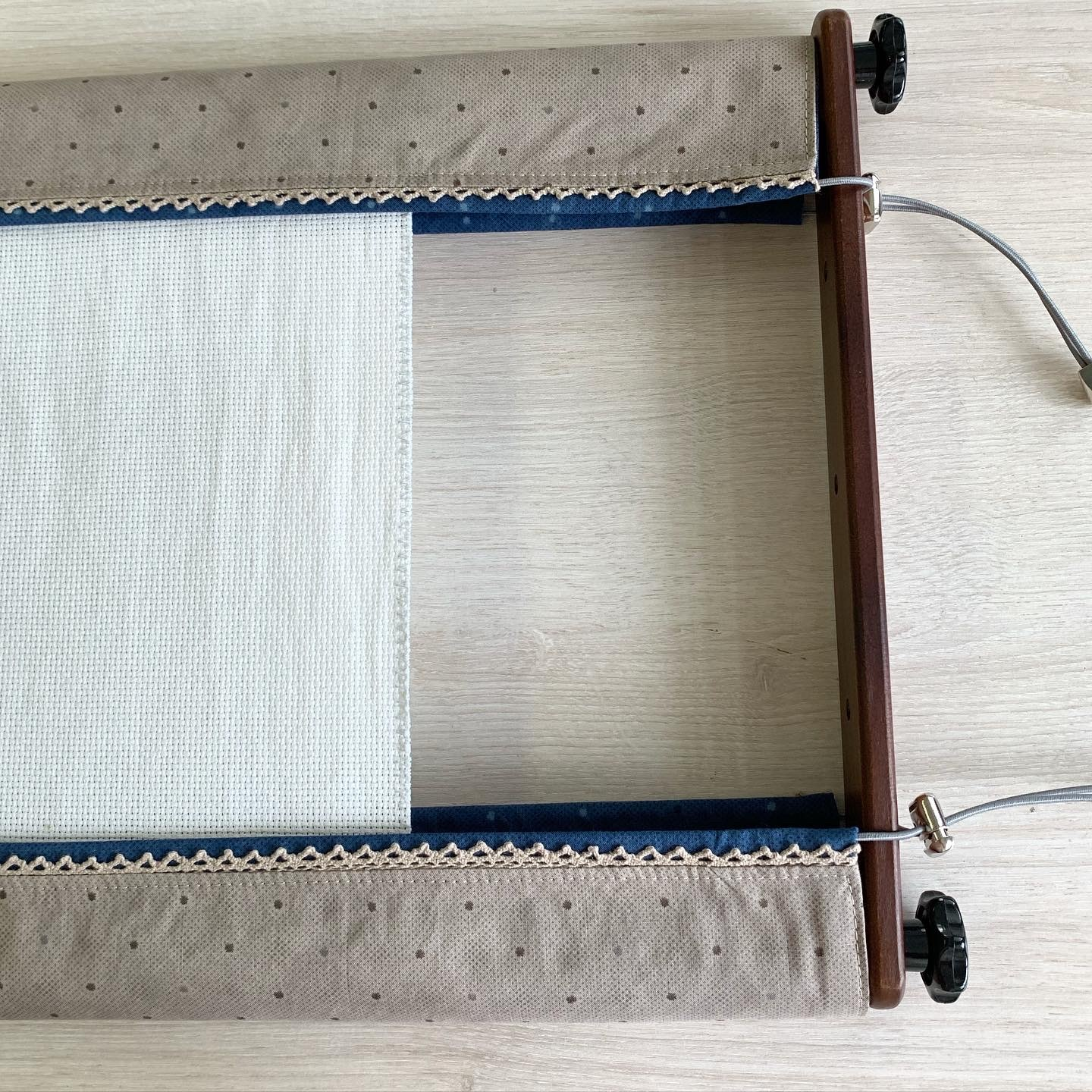 Protective covers for frames 90 cm