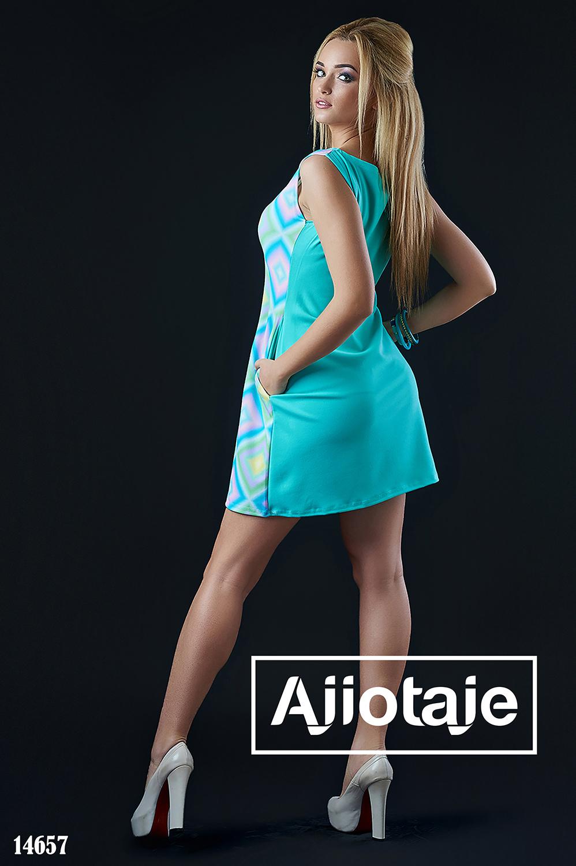 Платье мини с геометрическим принтом