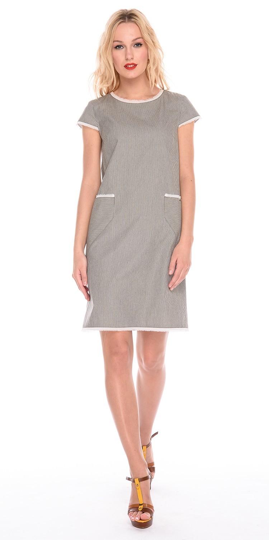 Платье З183-590 - Повседневное лаконичное платье прямого силуэта длиной до колена. Модель выполнена из хлопка, что позволяет носить ее даже в жаркую погоду. Платье отделано контрастной полосой по подолу, рукавам и горловине, а также имеет вместительные карманы. Отличный вариант как для офиса, так и для прогулки или похода в тренажерный зал.
