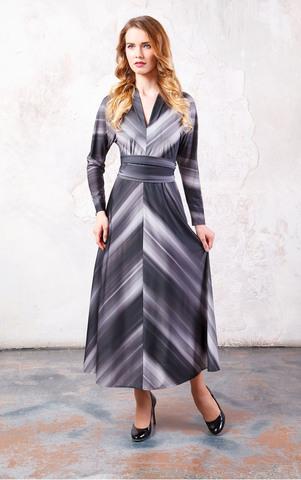 Фото серое платье длиной макси с длинными рукавами с v-образным вырезом, дополненным небольшим воротничком. - Платье З219а-436 (1)