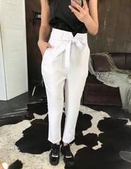 Стильні брюки з високою талією. Білий