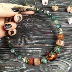 Ожерелье из хризоколлы, агата, кварца и бусины лэмпворк