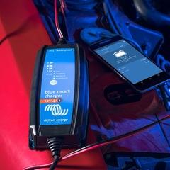 Зарядное устройство Blue Smart IP65 Charger 12/15 + DC connector