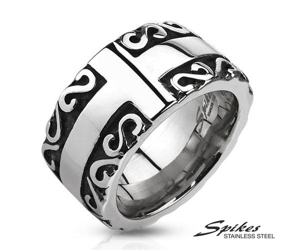 R-Q7022 Мужское кольцо «Spikes» с крестом и узором