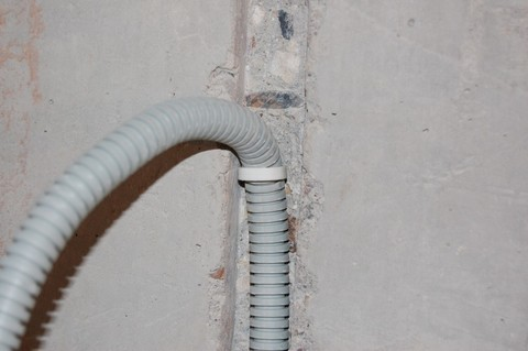 Прокладка кабеля до 10 мм2  в штробе