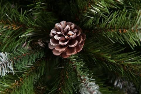Искусственная елка Императрица с шишками 215 см заснеженная