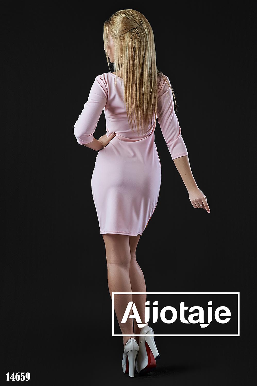Платье мини цвета пудра с цветочным принтом