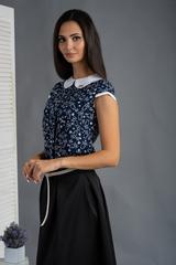 Вита. Классическая блуза с круглым воротником. Синие мишки