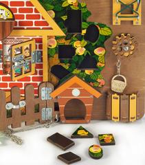 Развивающая доска-бизиборд Загородный дом, Нескучные игры