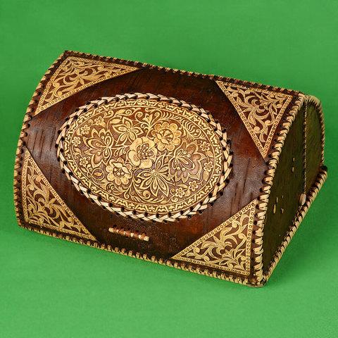 Хлебница из бересты с изображением Цветов