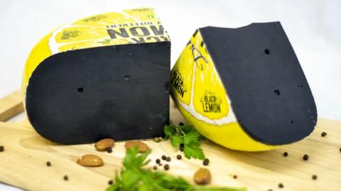 Сыр Черный лимон СЫРЫ И КОЛБАСЫ ИП ПОТАПОВА