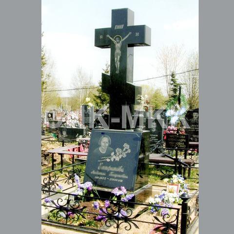 Гранитный крест №10