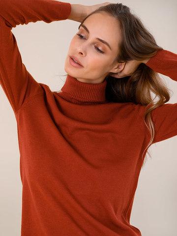 Женская водолазка терракотового цвета из шерсти и шелка - фото 3