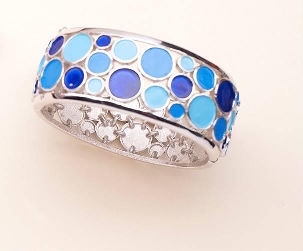 Необычный браслет с эмалью от Trifari