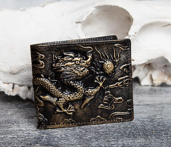 WL293-2 Крутой мужской кошелек золотистого цвета с драконом фото 02