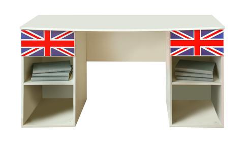 Письменный стол с британским флагом